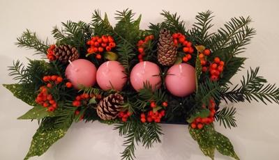 手作りのアドベントクランツ クリスマスキャンドル